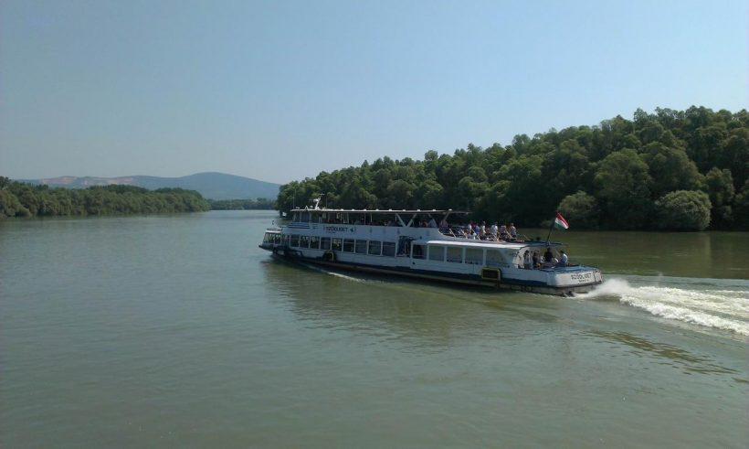 Budapest-Komárom hajókirándulás 4