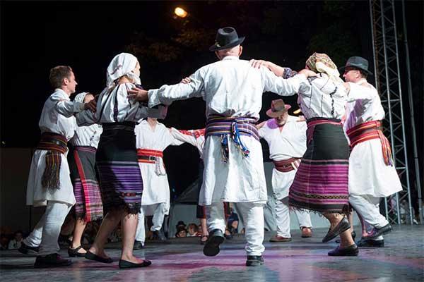 Ismerkedés a moldvai Csángók életével 1
